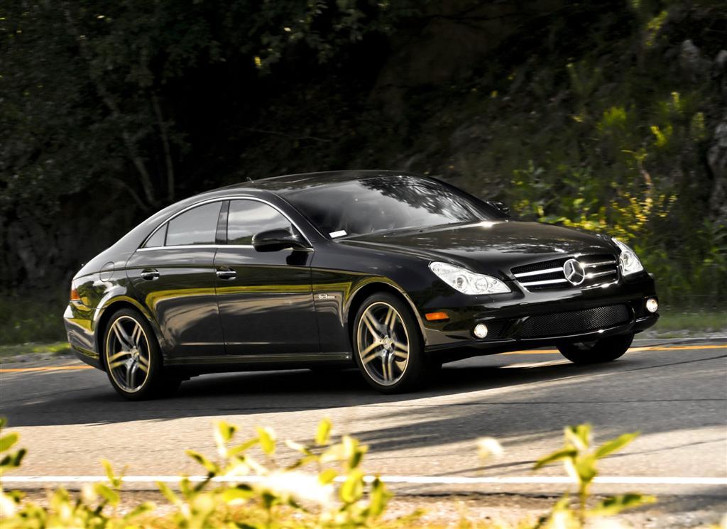 2010-Mercedes-Benz-CLS_Class-Image-02-1024